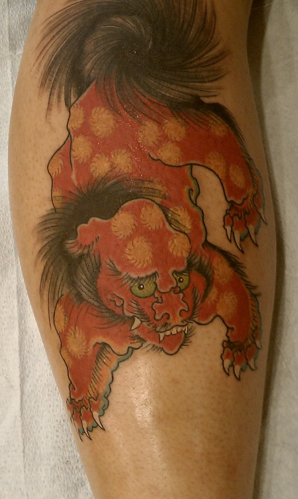 Here's a video of Daniel Herlihy filling in a Foo Dog tattoo.